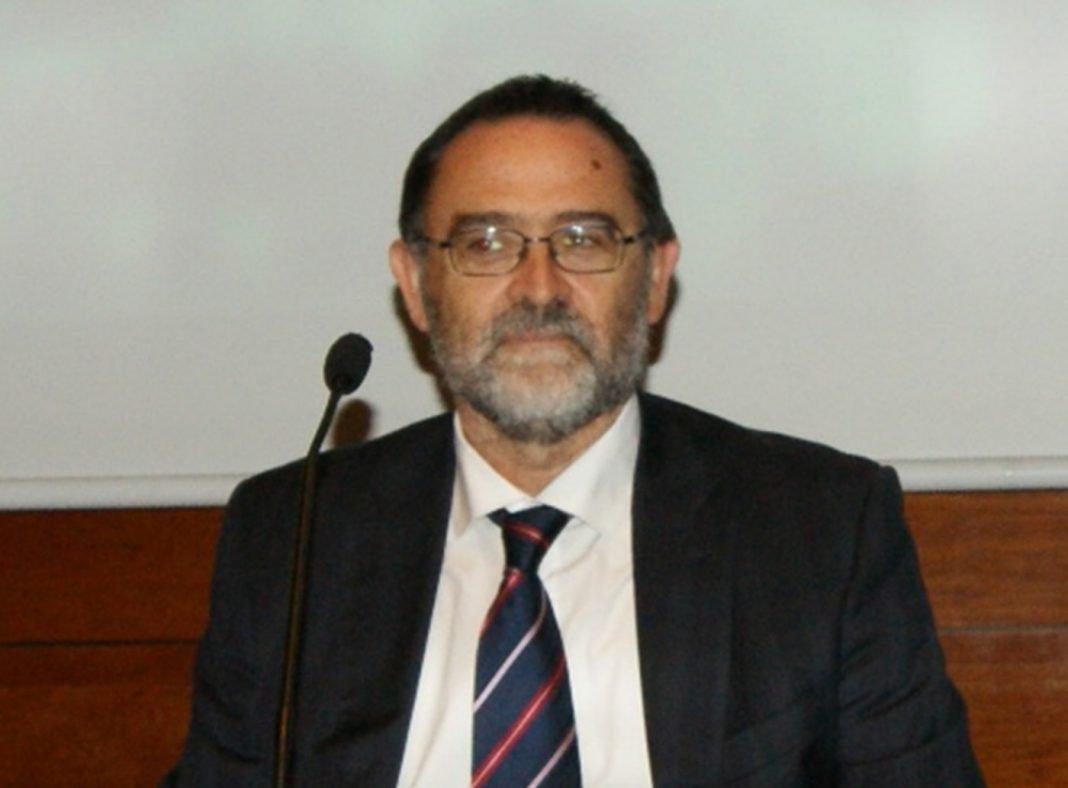 Cesar Salvador min
