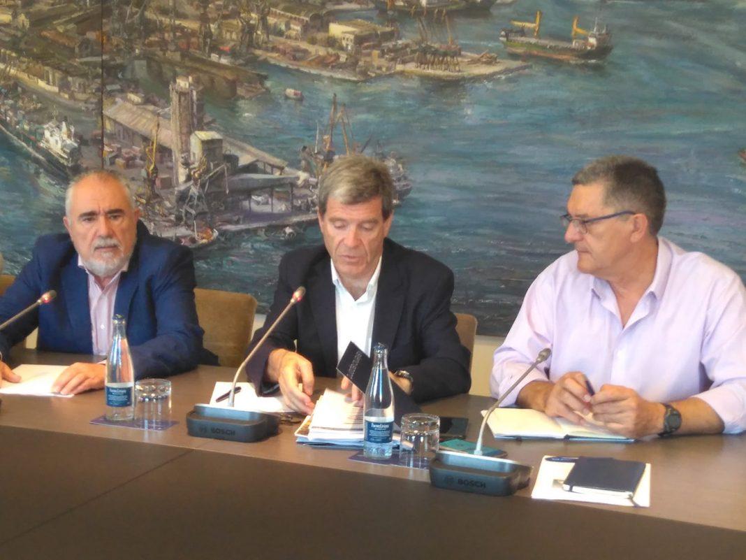 puerto de valencia invertira mil millones de euros min