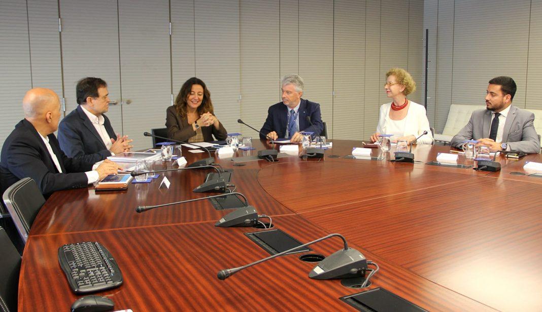 visita delegación brasil puerto de barcelona min