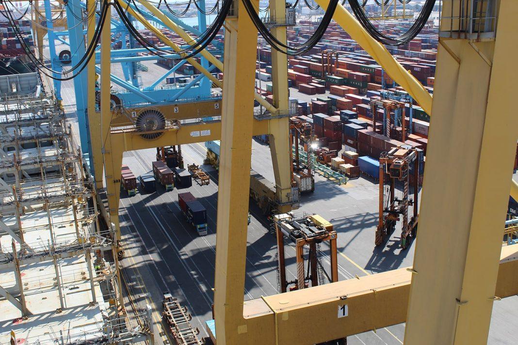 dos millones de contendores puerto de barcelona min