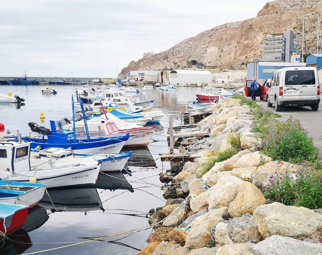 puerto pesquero almeria1 min