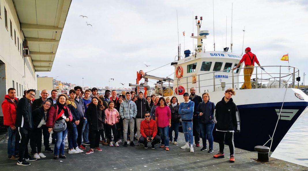 visita estudiantes puerto de almeria1 min