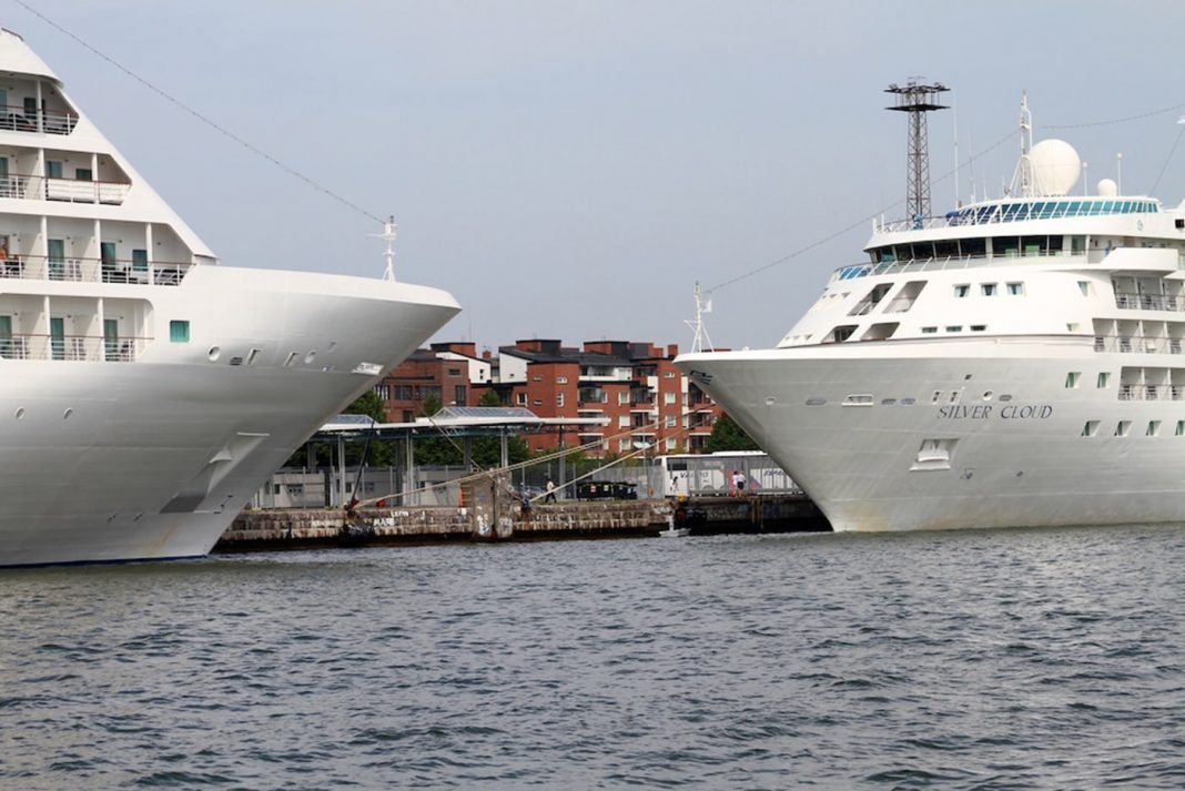 Dos Cruceros min