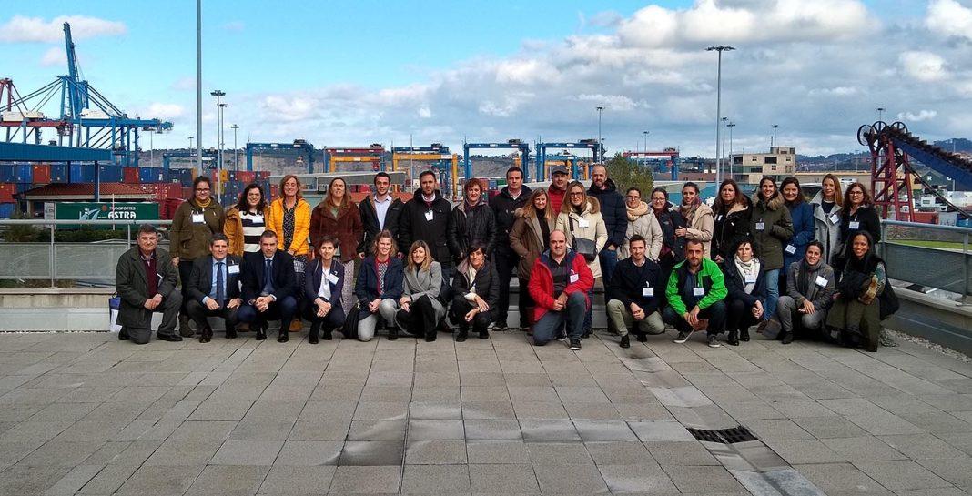 Empresas Bizkaia puerto Bilbao min