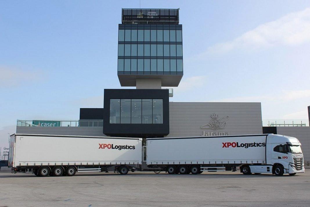 el duotrailer de xpo logistics tiene una longitud de 315 metros min