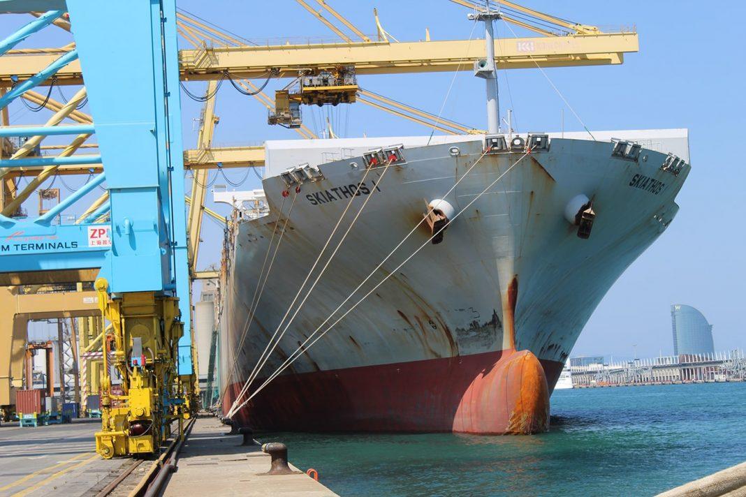 trabajos marinos puerto de barcelona min