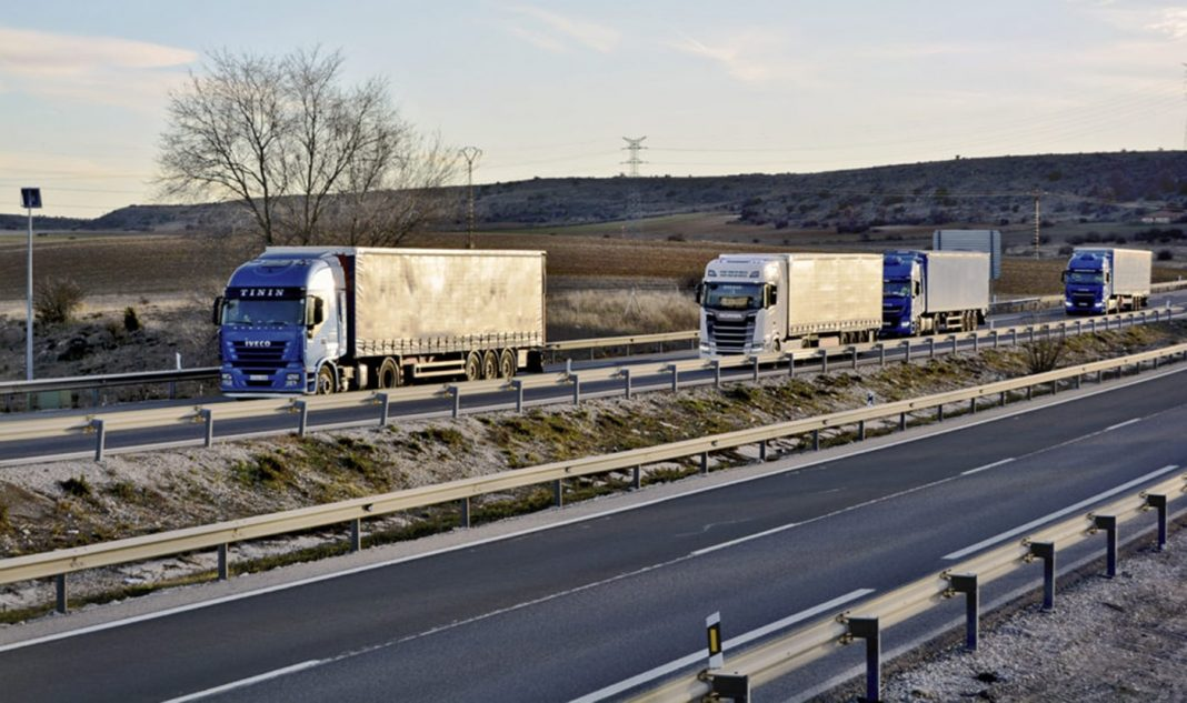 camiones europa coronavirus min