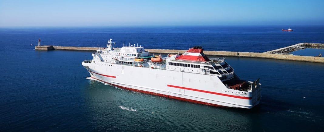 puerto de almeria pasajeros