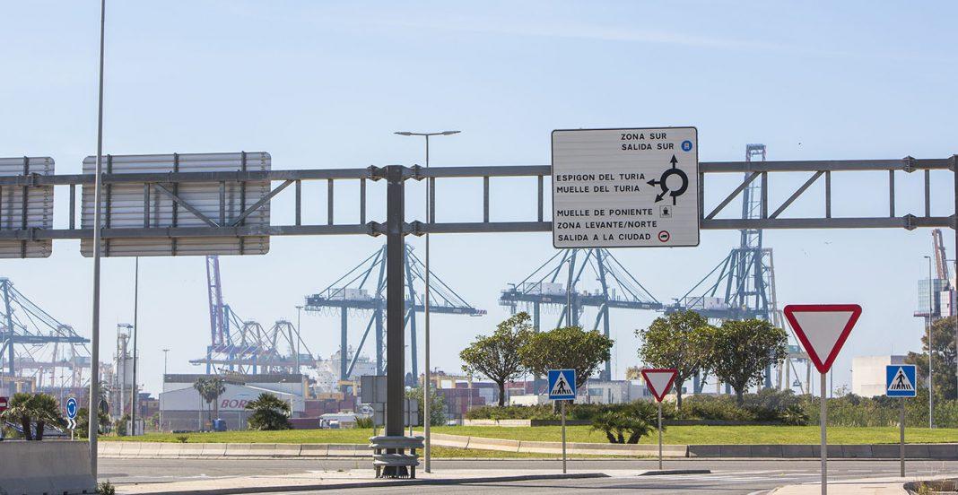 acceso muelles puerto valencia