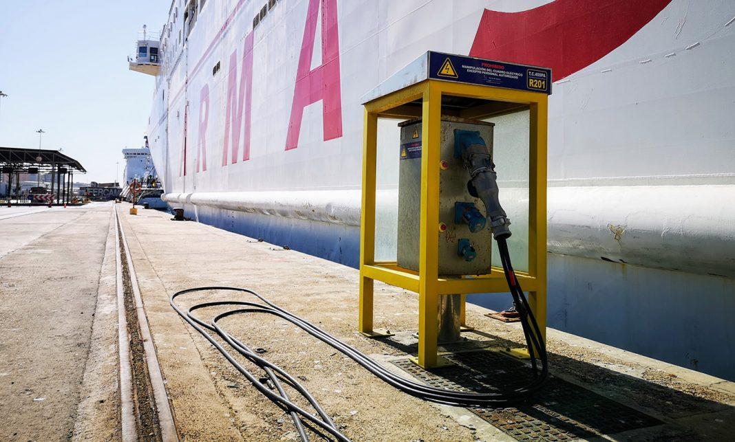 puerto de almeria electricidad muelle1