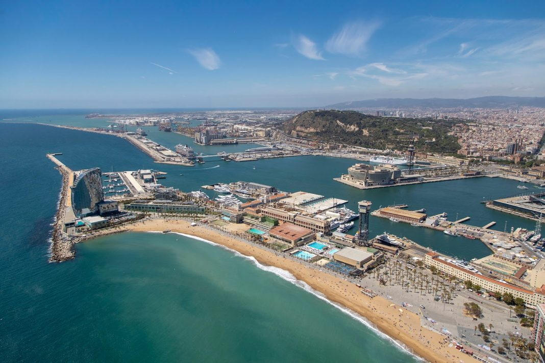 puerto de barcelona docks the future