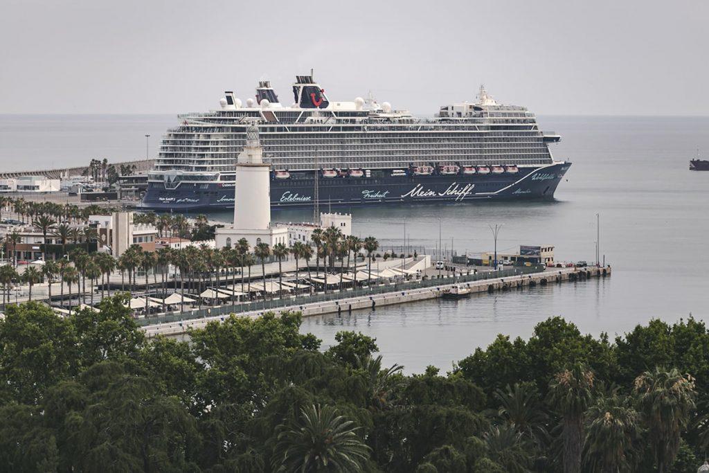 puerto de malaga cruceros min